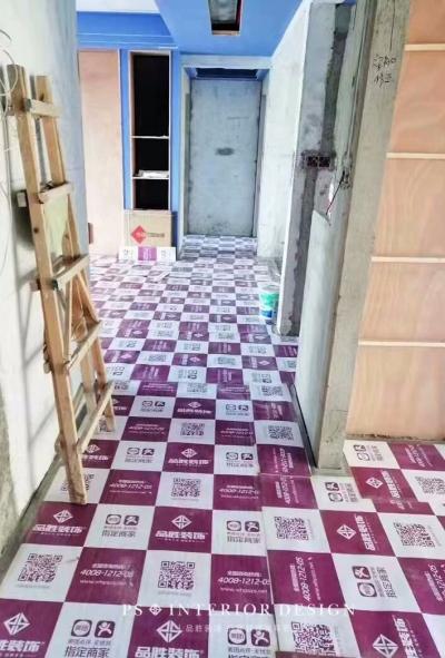 《江南御景》住宅样板间,地面成品保护施工完毕