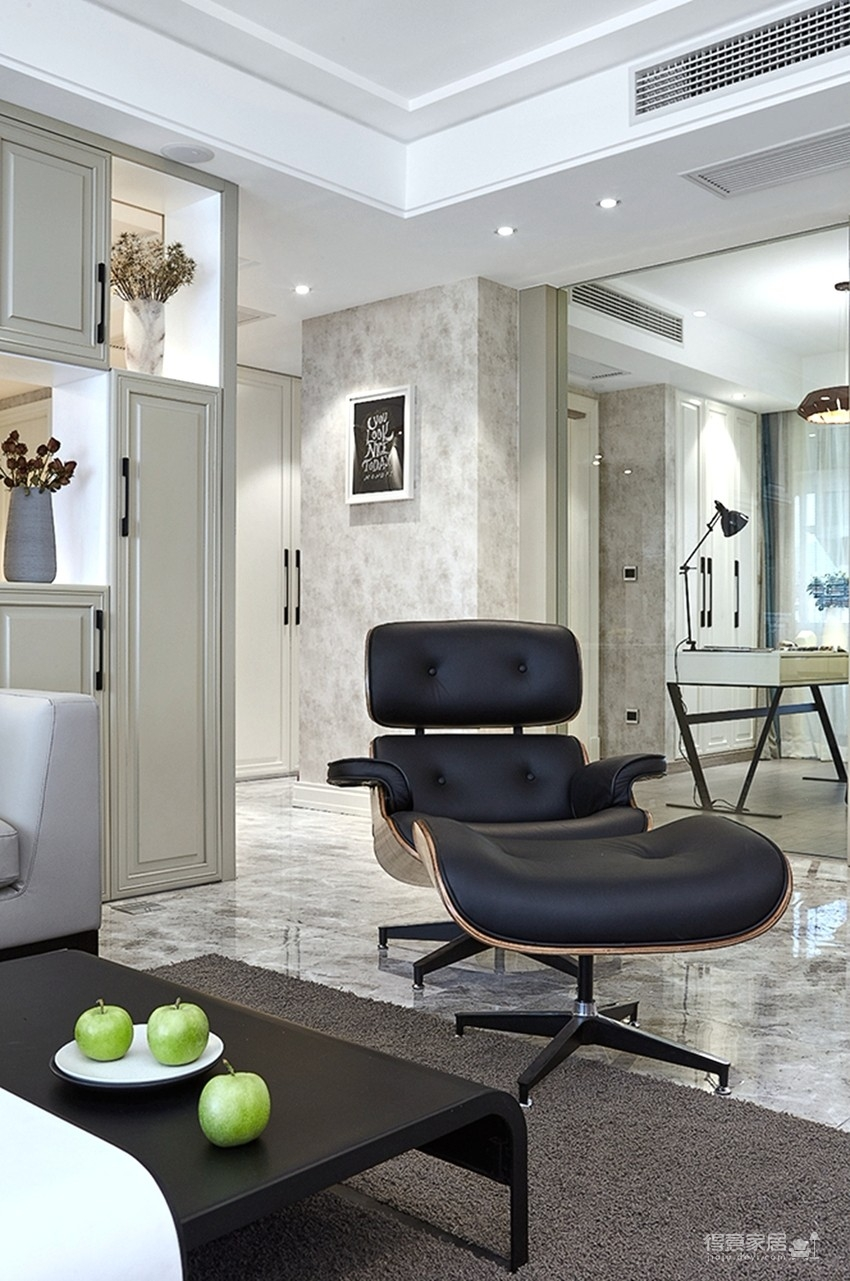 120平现代简约三室两厅装修图_4