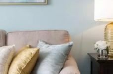 美式风格的装修案例,大面积惬意的蓝,配以唯美不失质感的软装搭配,让家顿时变成一个安心的避风港,将浮华和喧嚣隔绝于门外。图_6