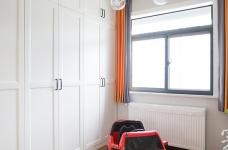 142平三室两厅现代轻奢图_7