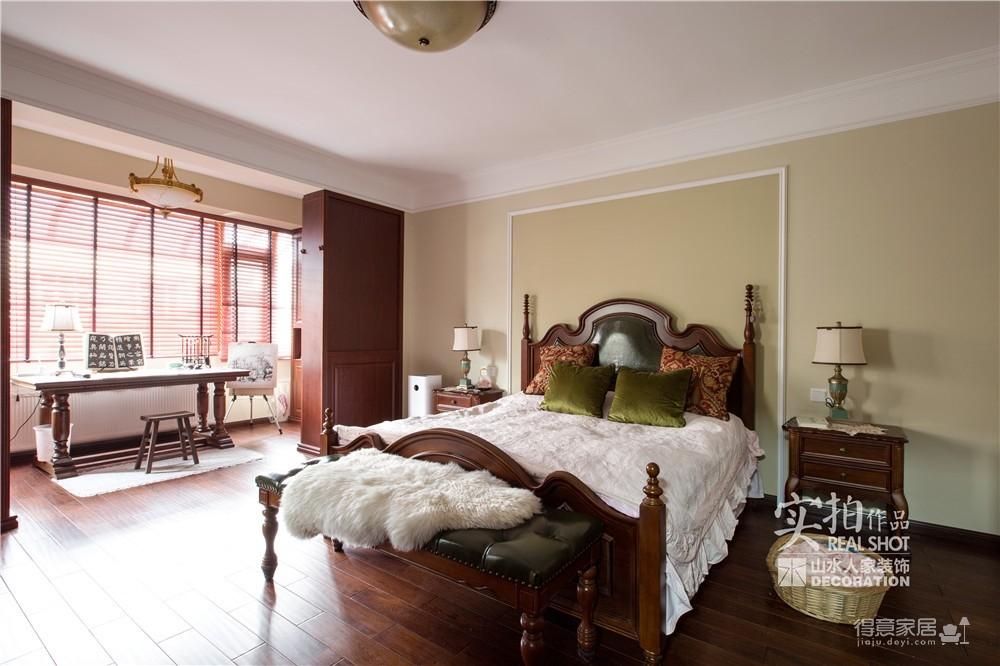 280高尔夫国际四房两厅别墅古典美式