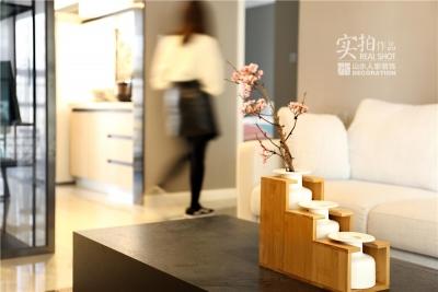 138平三室两厅绿地香树花城现代简约