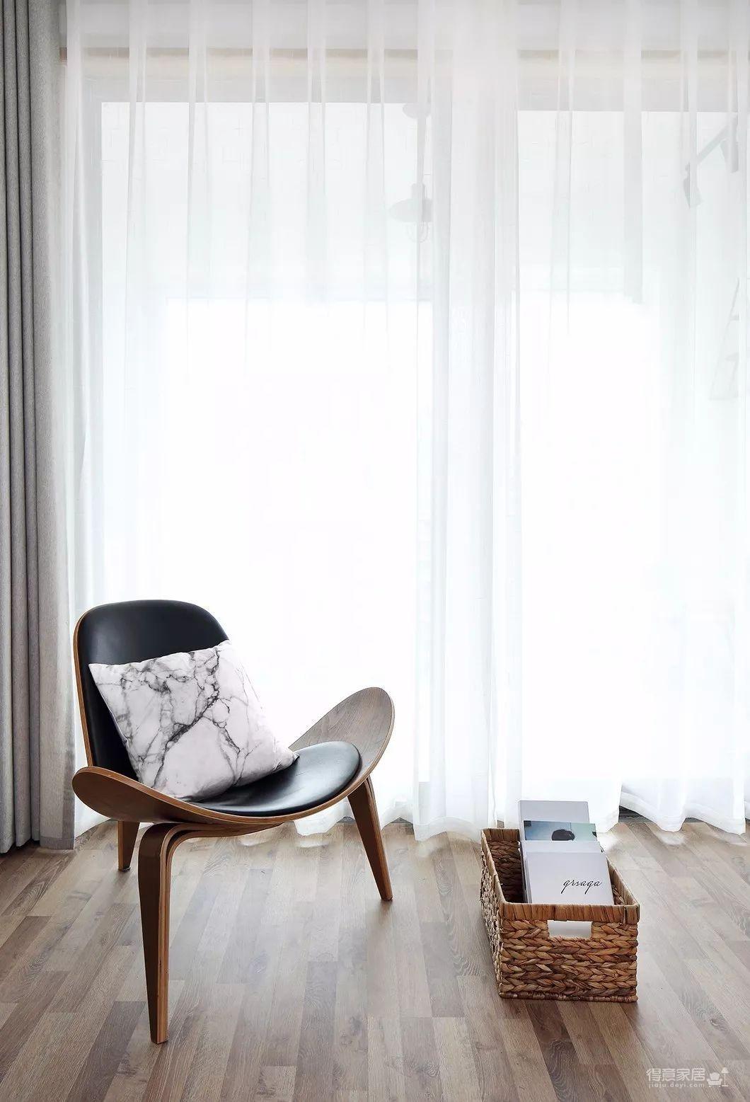 80平现代简约两居室,原木风好温暖!图_2