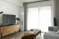 80平现代简约两居室,原木风好温暖!图_7