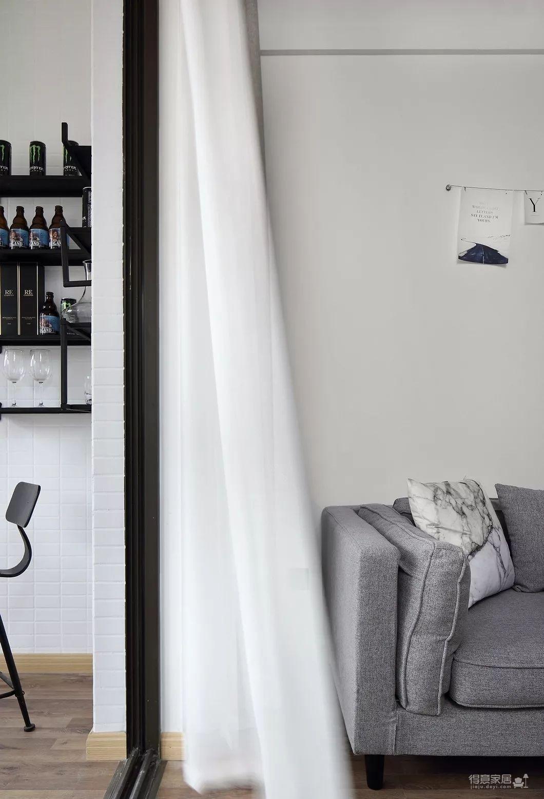 80平现代简约两居室,原木风好温暖!图_4