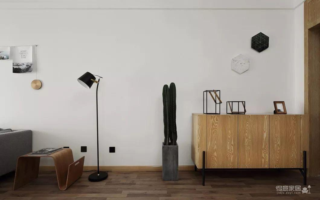 80平现代简约两居室,原木风好温暖!图_9