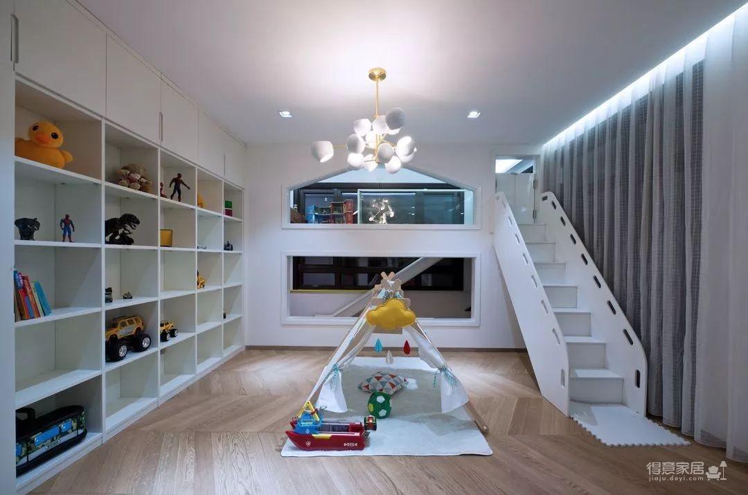 经典黑白灰色太高级,这个家暗藏各种设计小心机!
