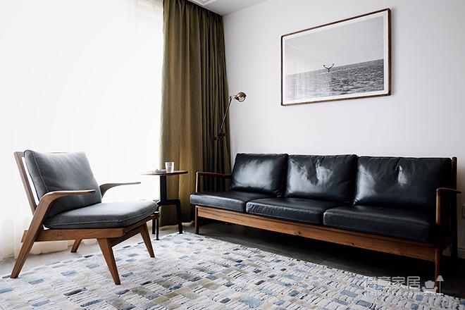 客厅亦是阅读空间,这样的复古小家你会喜欢吗?