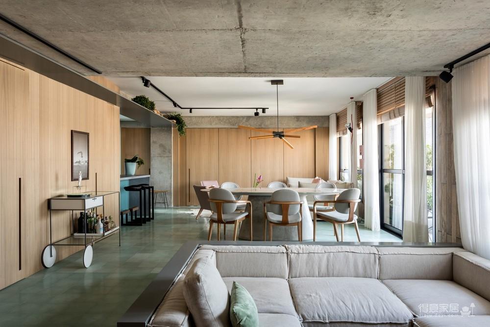 130㎡ 公寓翻新,将复古风格与现代家居创新结合图_1