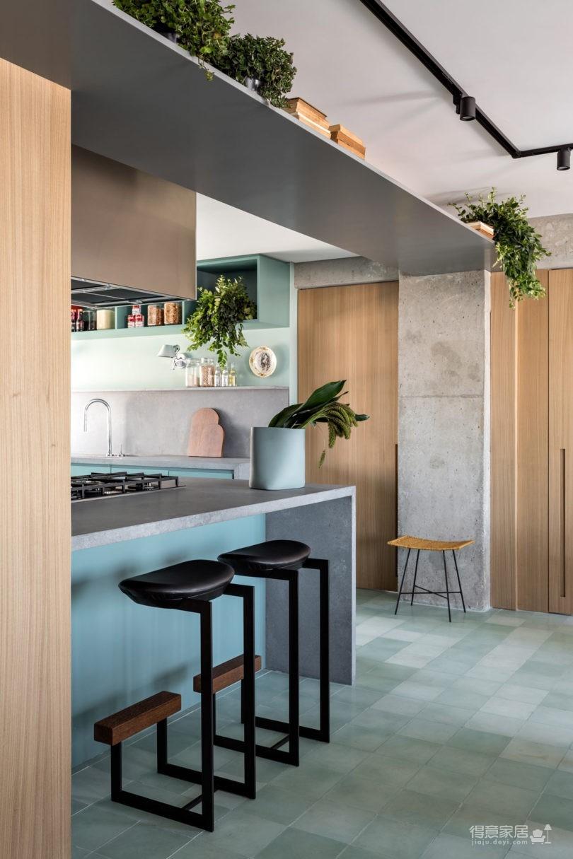 130㎡ 公寓翻新,将复古风格与现代家居创新结合图_9