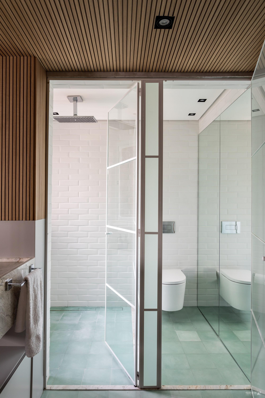 130㎡ 公寓翻新,将复古风格与现代家居创新结合图_13