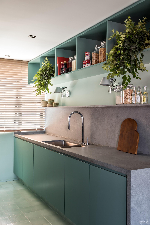 130㎡ 公寓翻新,将复古风格与现代家居创新结合图_10