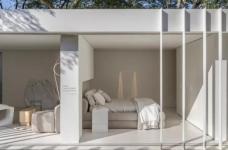 两个集装箱拼成一室一厅,60㎡的空间附赠90㎡大庭院图_1