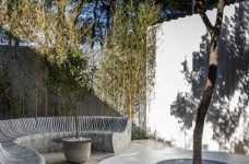 两个集装箱拼成一室一厅,60㎡的空间附赠90㎡大庭院图_4