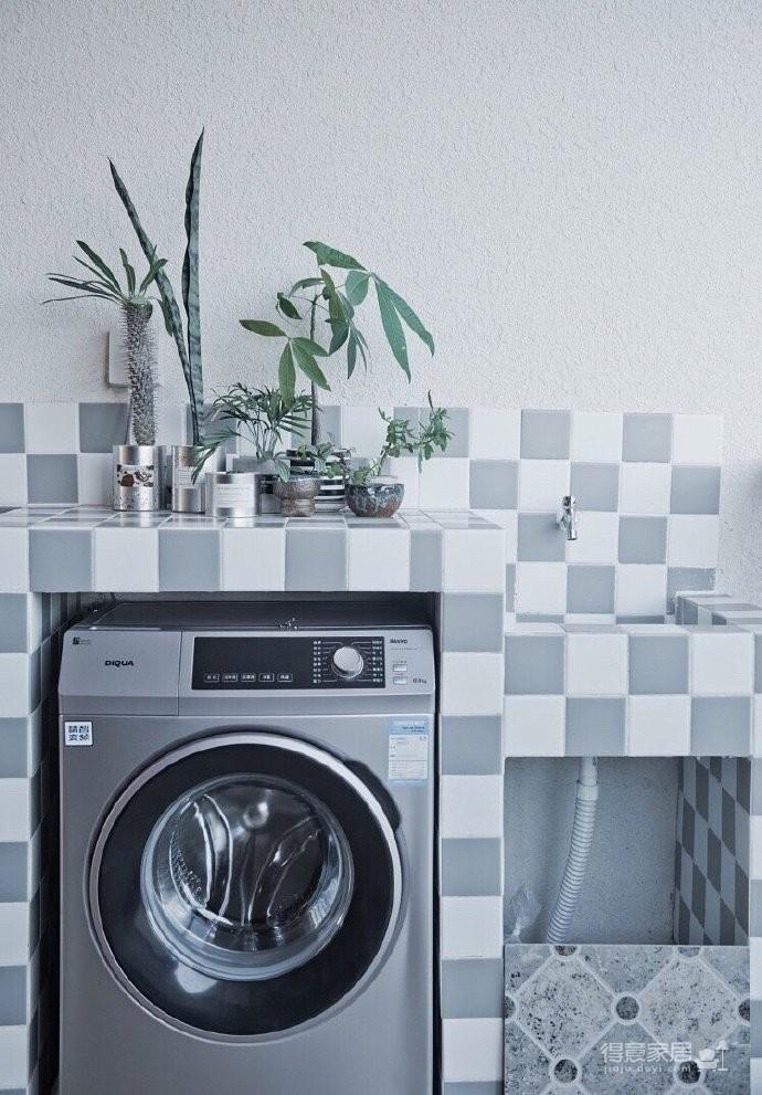 两居室北欧风,喜欢墙面配色,十分清新脱俗。