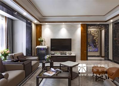 绿地国际金融城240平四室两厅后现代