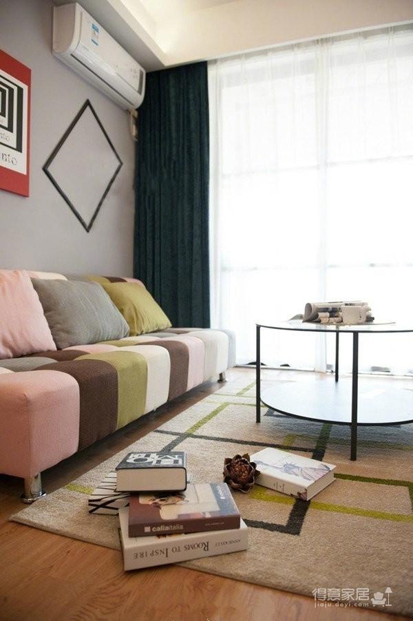 77平简约混搭二居室,几何图案搭配纯净基调图_3