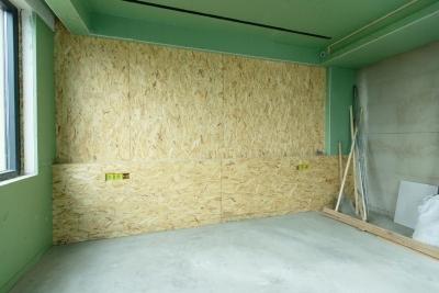 170平复式楼泥木工工地巡检