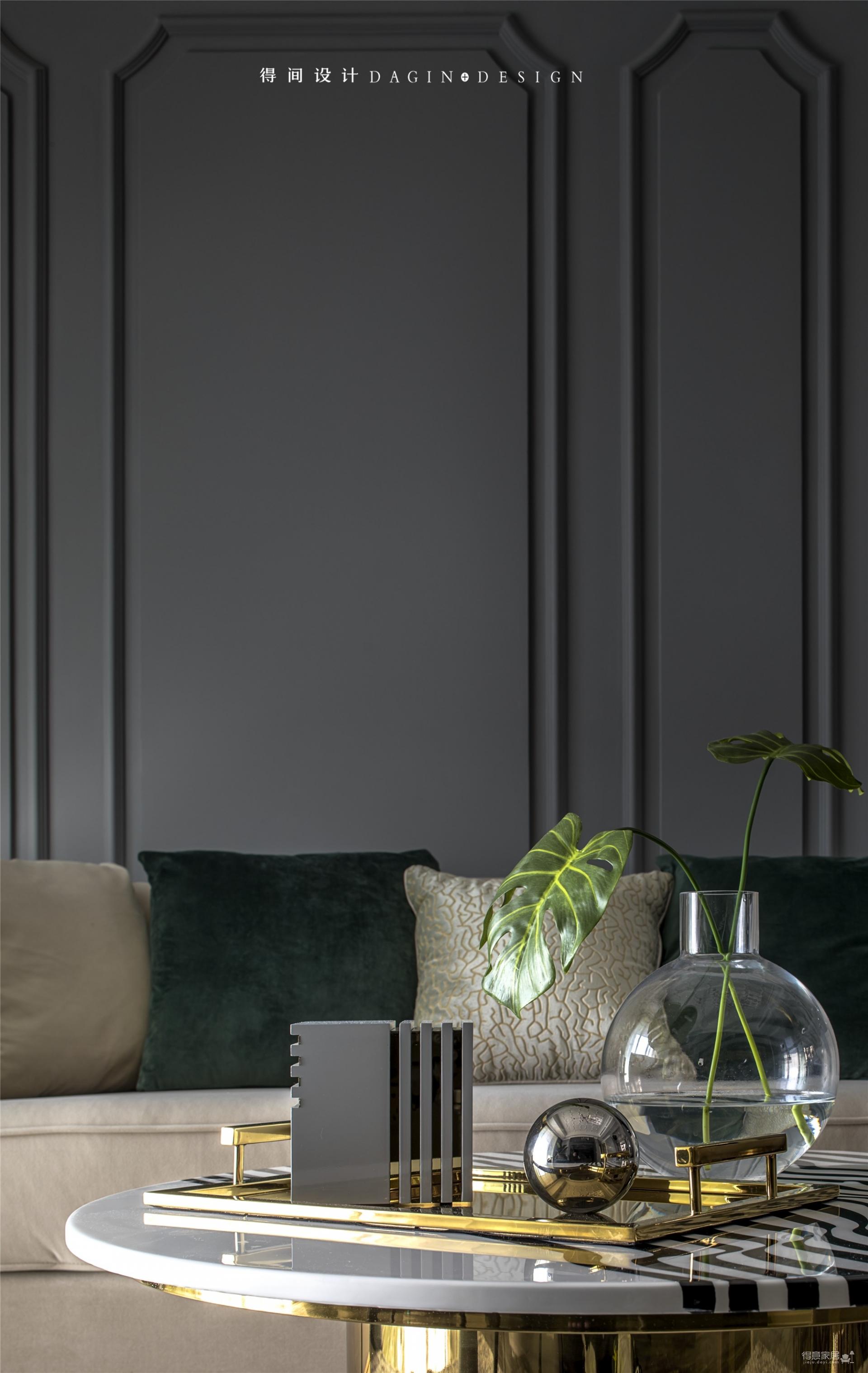 首发 || 这个家用壁炉电视墙,打造出撩人心弦的美式轻奢风!图_3