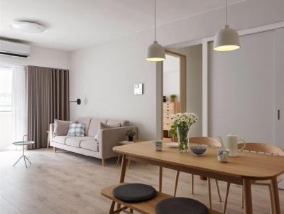 自然舒适原木风家居设计,暖暖的色调让人感觉特别温馨惬意! 