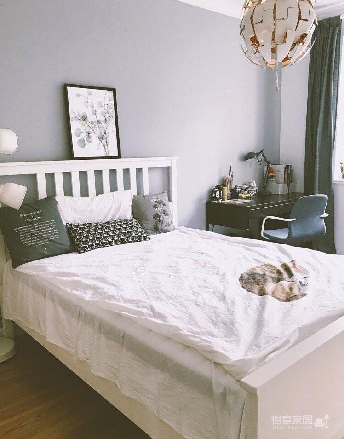 130平北欧混搭,卧室是灰绿色配白色;客厅是深绿色沙发背景墙配上浅薄荷绿,清新舒适图_5