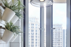 混搭风的要求在硬装简洁,在软装上多一些功夫,本案例将阳台做成榻榻米造型,既美观又增强了实用收纳功能,次卧做成儿童房,感觉一切都恰到好处。图_15