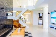 现代简约风格复式家居装修设计方案,无处不体现出年轻人追求的现代感,又不失功能性,好酷! 图_4