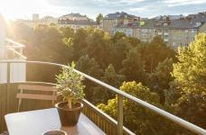 47平功能性单身公寓设计,阳台风景美如画!图_5