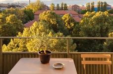47平功能性单身公寓设计,阳台风景美如画!图_4