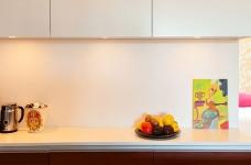 47平功能性单身公寓设计,阳台风景美如画!图_9