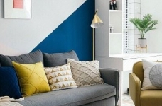 清新北欧风,客厅里黄色的小抱枕是点睛之笔,一下提亮了空间的色彩性 图_1