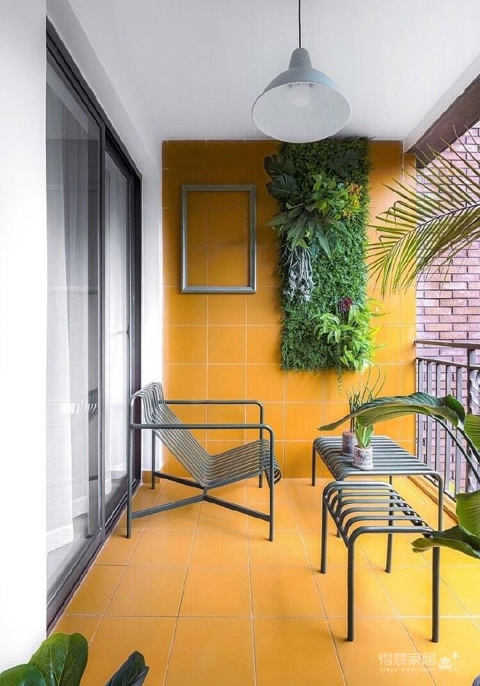 120平北欧风,阳台橘黄色砖和绿植的布置让空间充满了活力,生机勃勃图_10