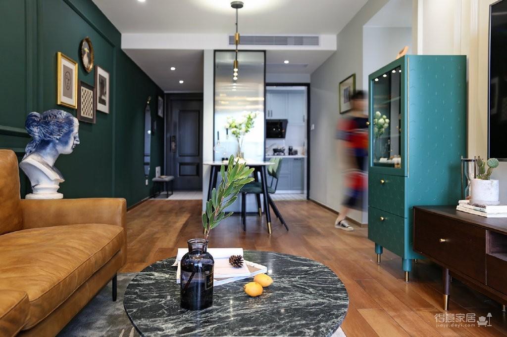 120㎡混搭轻奢三居室,墨绿配色时髦又精致!