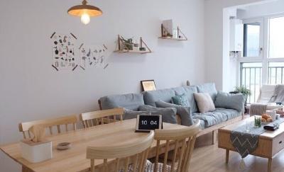 木质的家具好温馨,适合小户型,很温暖的家~ 屋住