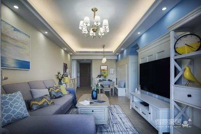 89平现代美式风装修,以黄色、蓝色为主色调,硬装自然干净但也精致,软装舒适自在但也和谐,整体来看显得各有特色,得体大方