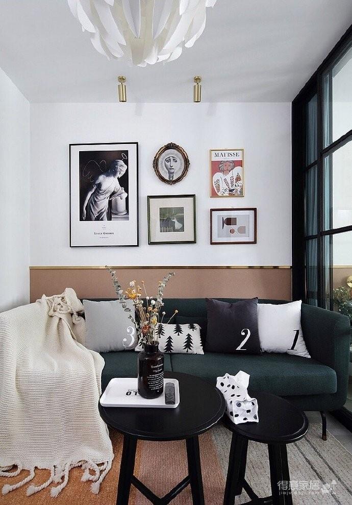 50平小户型装修,餐厅的面积不大,但是布置的很温馨,墨绿色的背景墙奠定了颜值图_4