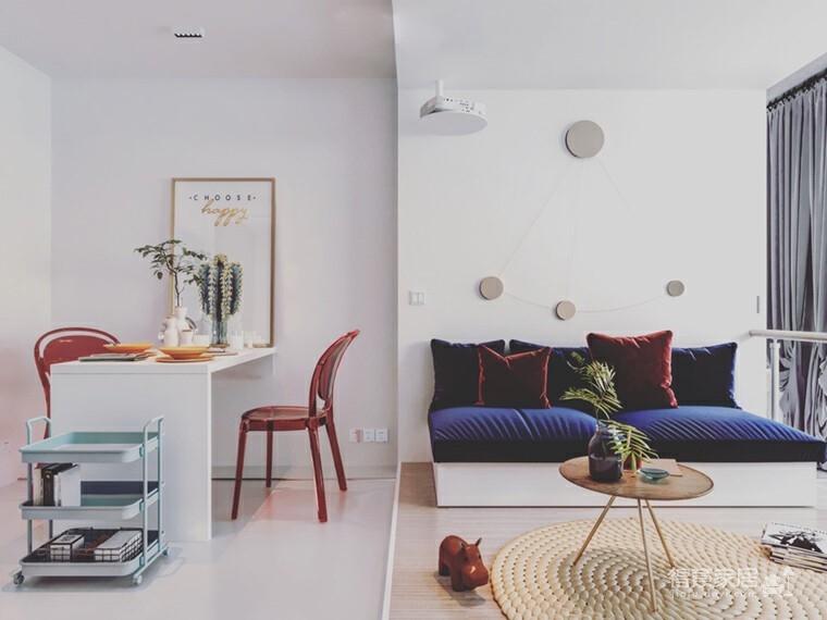 一房一厅,舞蹈家的迷你公寓图_2