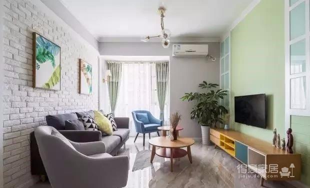 时尚多彩之家,梦想中的家,非常漂亮。简约偏北欧风的家, 灰色与白色是全屋的基色,当然少不了原木家具的登场了。图_1