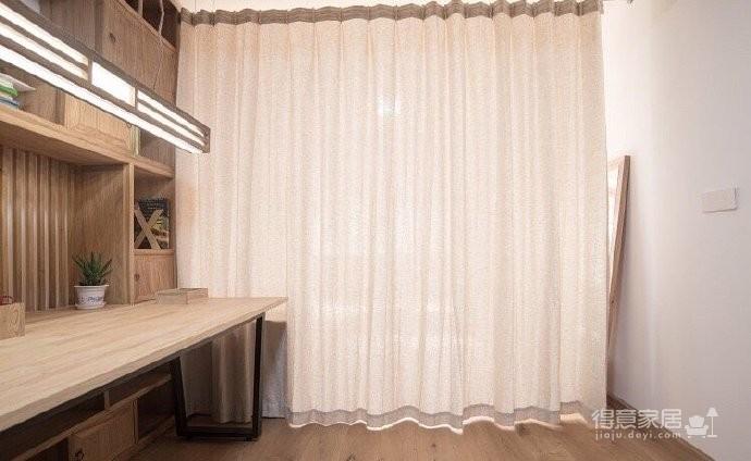 新中式风装修,客厅很棒,那一整面的柜子看着就赏心悦目,这样的中国风一点也不生硬图_8