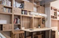 新中式风装修,客厅很棒,那一整面的柜子看着就赏心悦目,这样的中国风一点也不生硬图_1