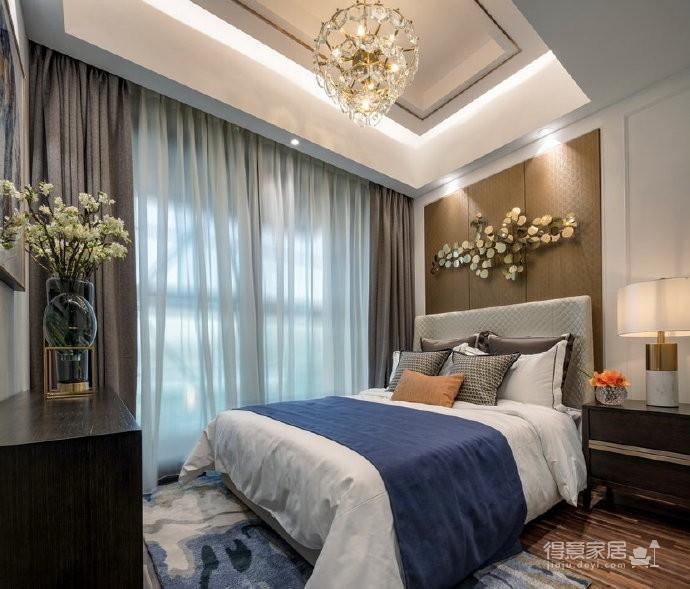 定位于现代轻奢风格,给人以温馨舒适的感官享受。 
