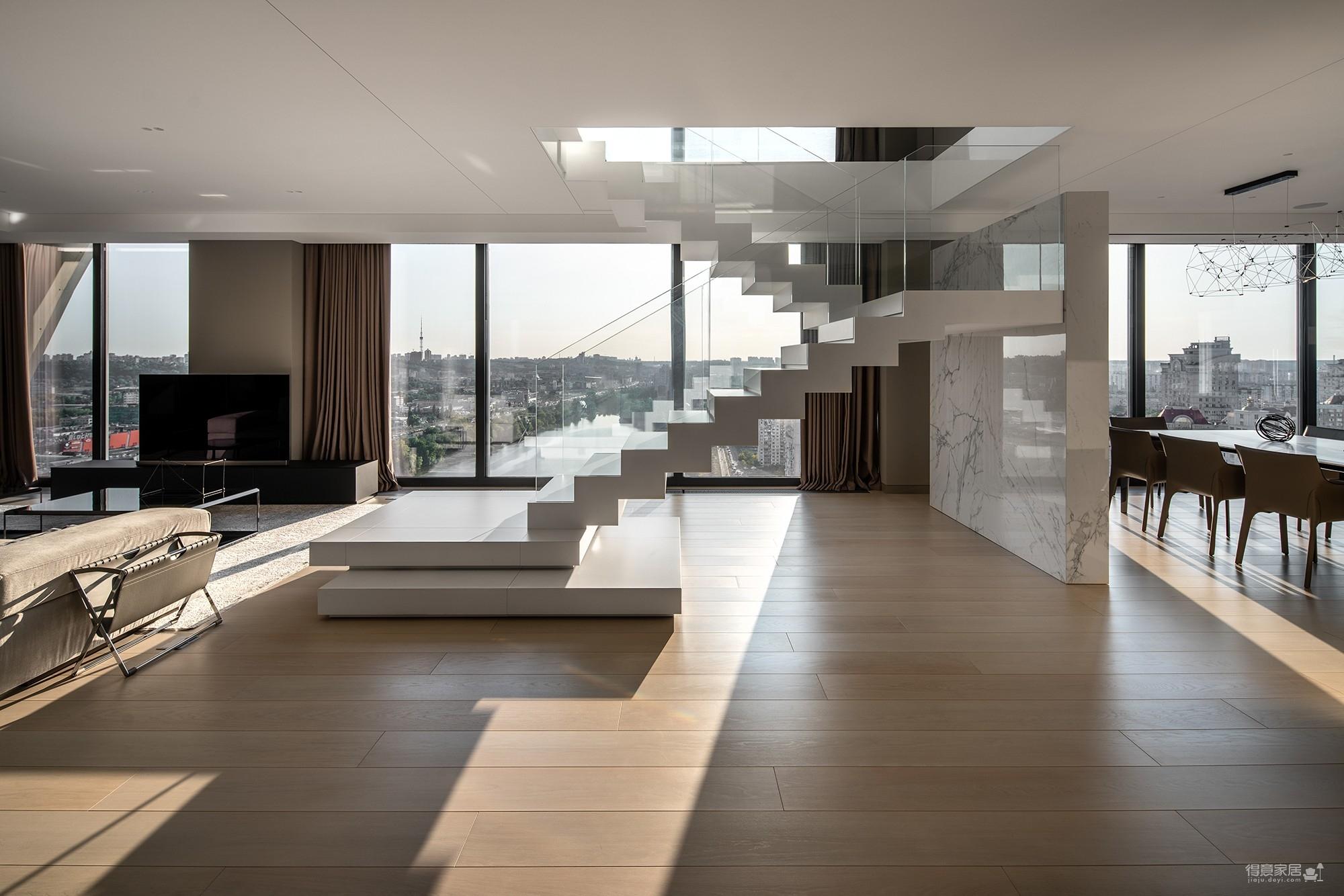 高级灰复式设计,简洁的直线条增加空间纵深感