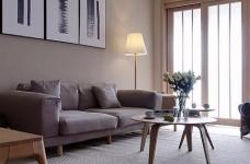 整体采用简约的日式风格装修,房间原木元素的搭配,让整个空间自然舒适,给人一种安静休闲的环境。图_1
