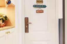 48平小户型装修,卫生间的三分离设计,客厅的书柜收纳设计,卧室的衣物收纳设计,移门采光设计以及阳台的布局都是这套户型设计中的精彩之处图_4