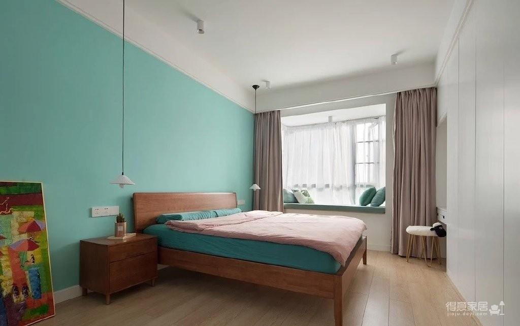 150㎡极具特色的三房装修案例,色彩运用好丰富!图_4