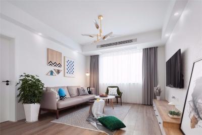 设计师从简约舒适出发,抛却繁琐的装饰,为屋主打造温馨惬意的家居生活。希望这套装修案例能给准备装修的大家带来一些灵感。