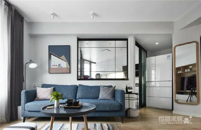 76平简约风格装修,客厅和厨房墙壁打通,用黑色金属边框玻璃做隔断,2个空间都瞬间开阔并且采光很好图_6