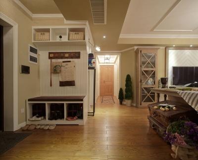 110㎡的空间,是富有神秘感的浪漫小屋
