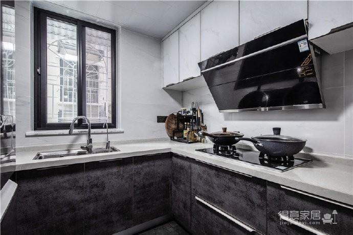"""180现代简约风,黑白灰是整个房屋的主色调,很好的满足了业主""""冷静理智""""的空间需求图_7"""