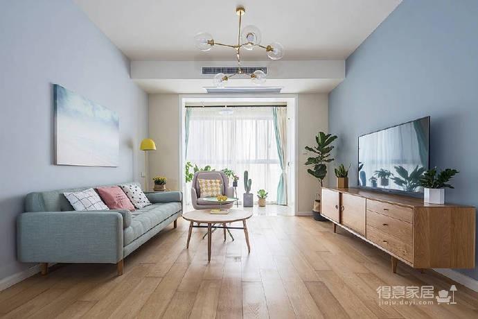 90㎡简约北欧风格家居装修设计,清新自然的室内氛围让人非常安静,很棒的住宅空间! 
